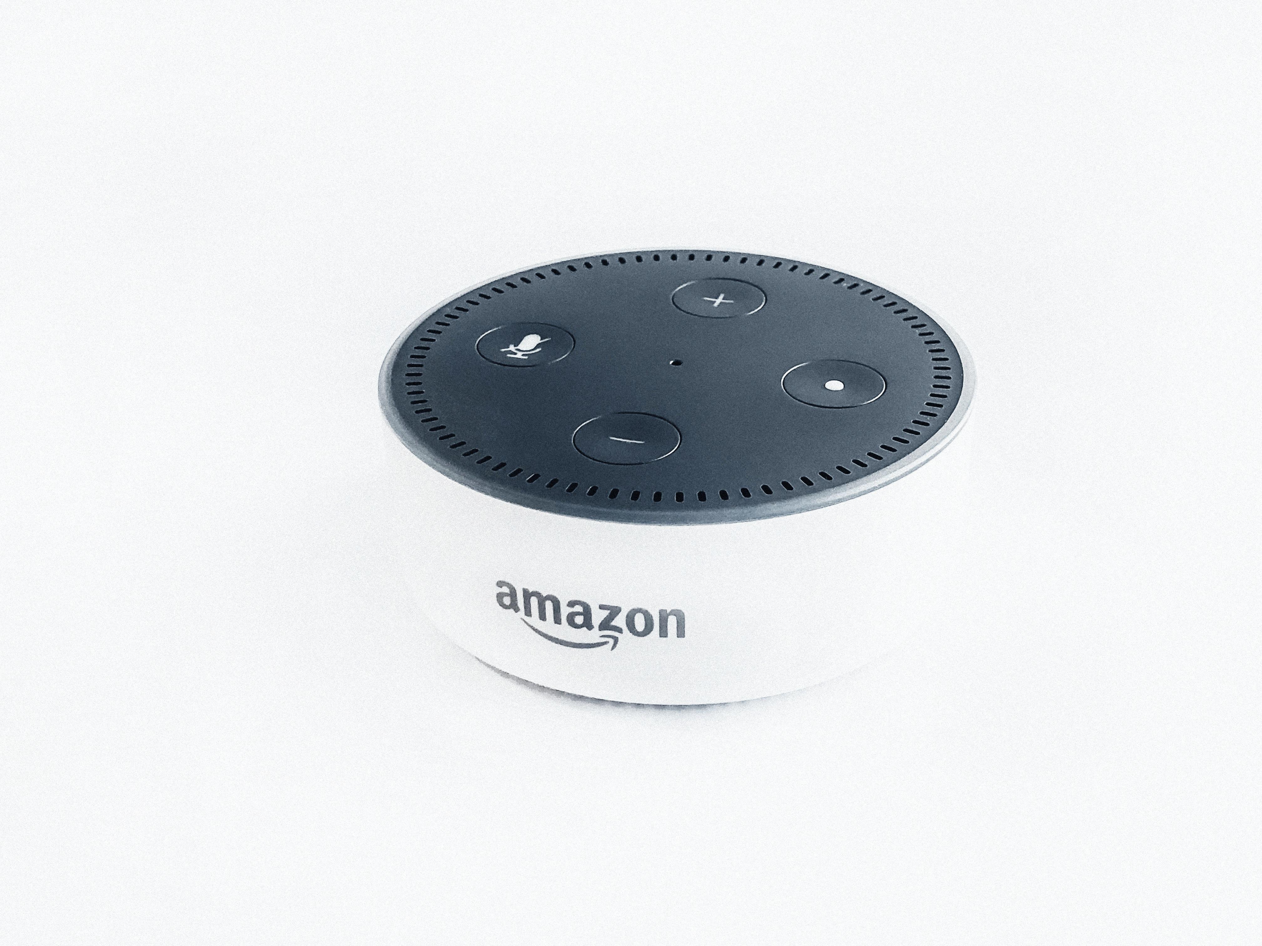Amazon_Alexa_Echo